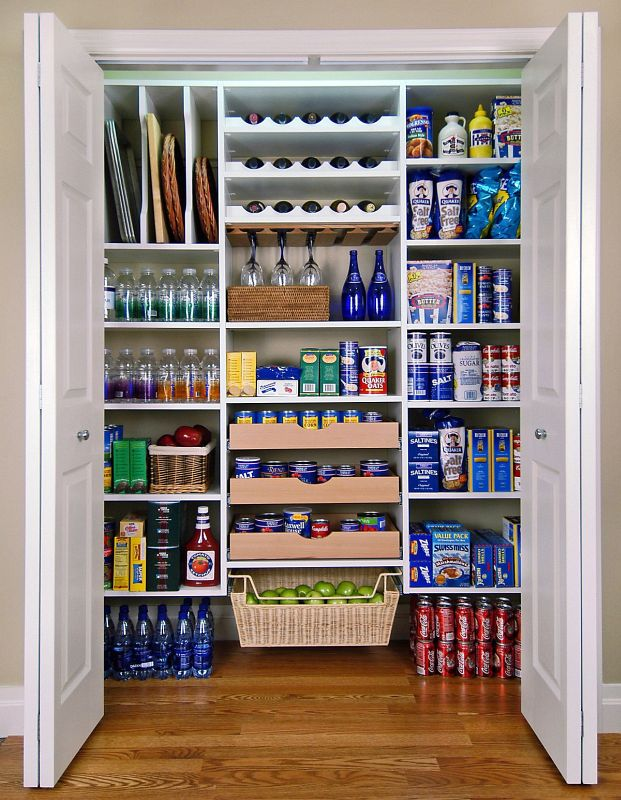15 Formidably Functional DIY Tips For Your Kitchen's Pantry 3