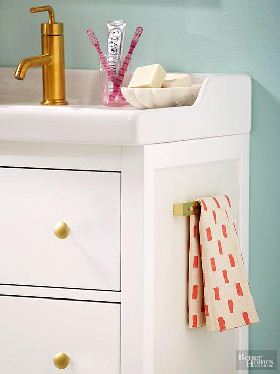 16 Easy DIY Bathroom Projects 5