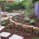 Fifteen İncredible DIY Garden Redecorating Ideas by using Rocks 2