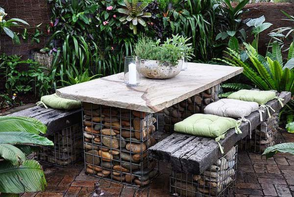 Fifteen İncredible DIY Garden Redecorating Ideas by using Rocks 5