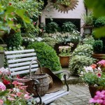 Fifteen Wonderful Landscaping and Gorgeous Centerpiece Ideas for Your Outdoor Places 9
