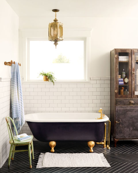 Fun Fifteen Bathroom Décor and Design Ideas 03