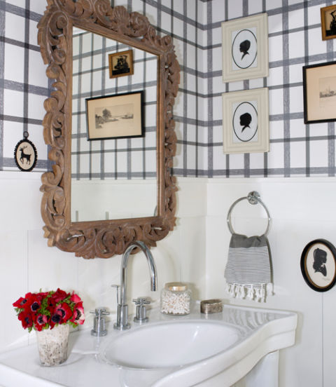 Fun Fifteen Bathroom Décor and Design Ideas 14