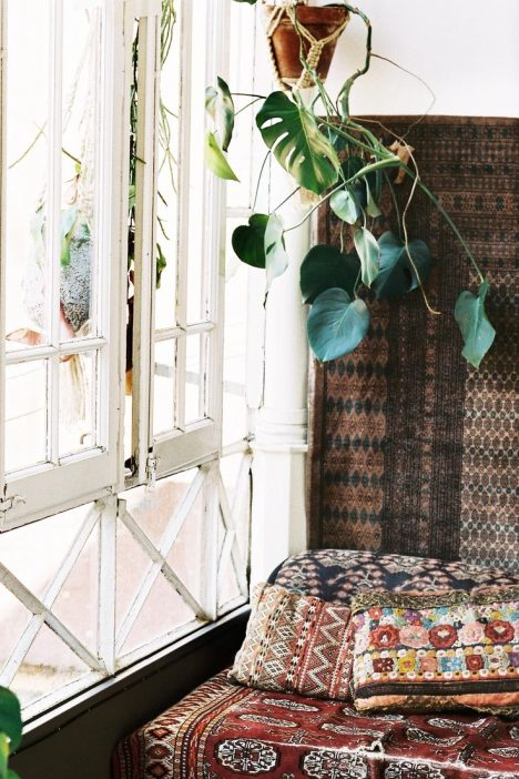 16 Wonderful Bohemian Sunroom Decor Ideas 13
