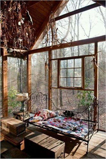 16 Wonderful Bohemian Sunroom Decor Ideas 6