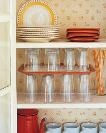 15 Smart DIY Organizing Ideas For Small Kitchen 12