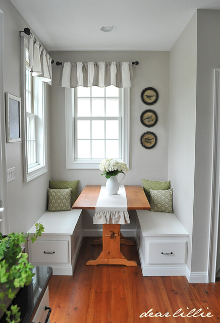 16 Awesome Do It Yourself Nooks and Banquettes Ideas 1