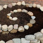 Garden DIY Ideas Using Rocks 11
