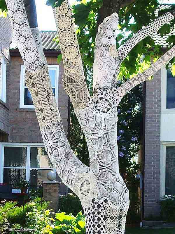 20 Great DIY Ideas For Decorating With Lace 2