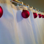 25 Amazing Red and White DIY Christmas Decor Ideas 14