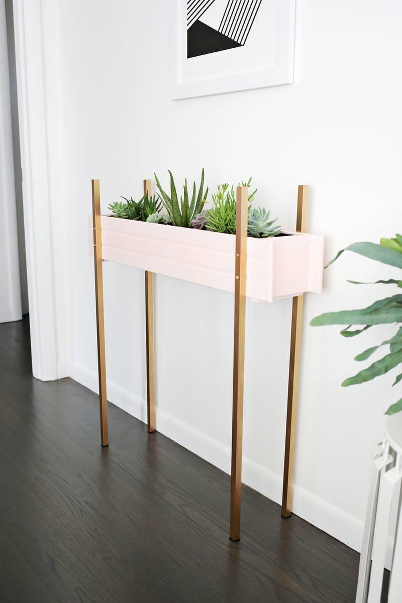 1.Little Garden Table