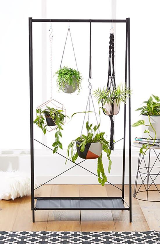 2.Hanging Garden