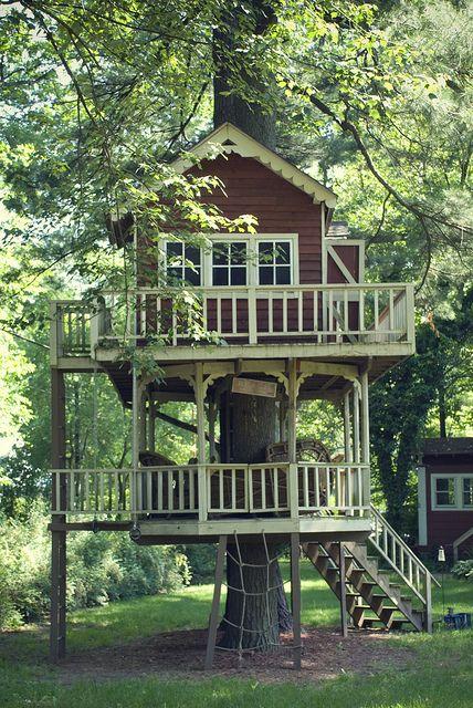 16.Two Storey Tree House