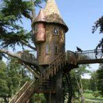 5.Castle Playhouse