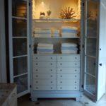 5. Shelved cabinet