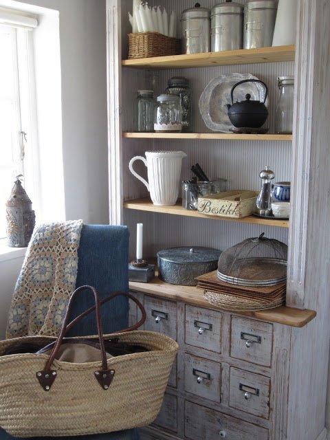 8.Vintage Kitchen