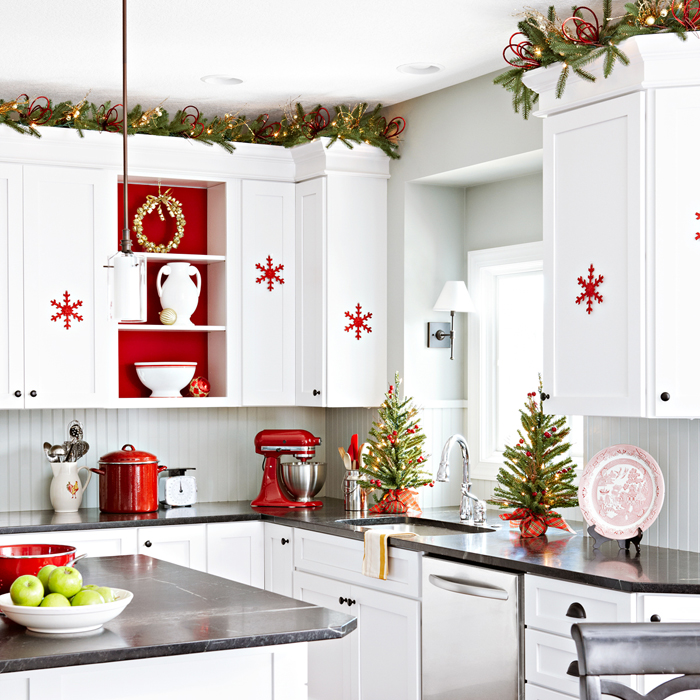 3.DIY Christmas Kitchen Makeover