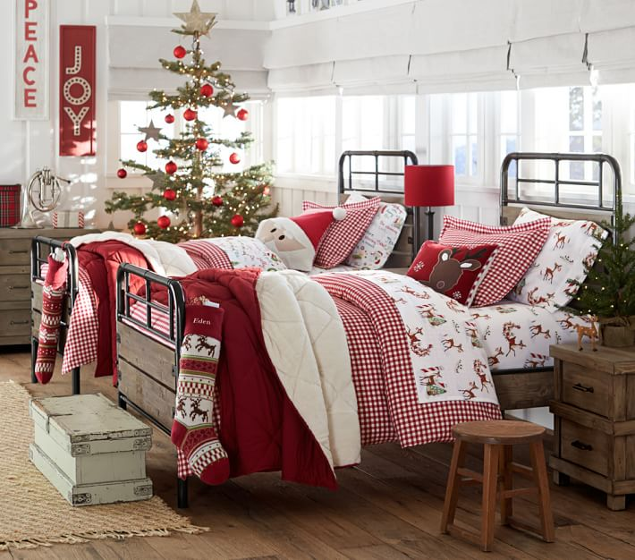 5.DIY Christmas Bed