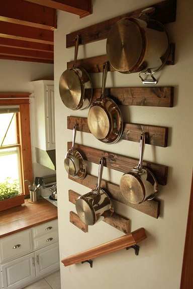 6. Wooden Pallet Hooks